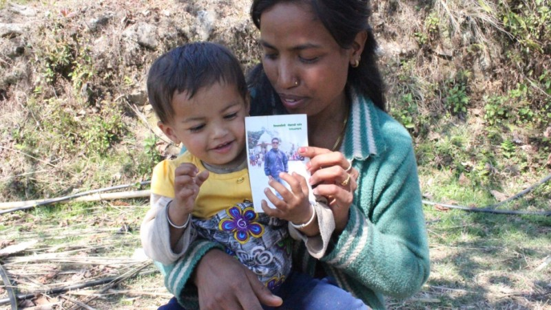 Bishnu Pande with her daughter Ayusha. Credit: Laura Spero. Used with PRI's permission