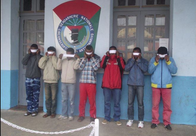 A gang of child abductors arrested in Antananarivo, Madagascar via @radiomada