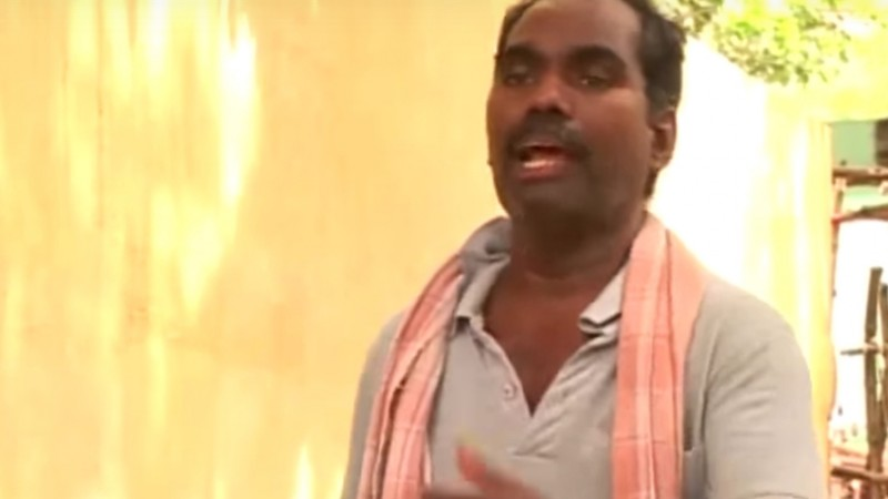 Screenshot of Kovan Singing. Click image for the video.
