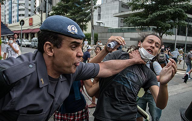 Violent crackdowns on last week's protests. Photo: Juventude Às Ruas/Facebook