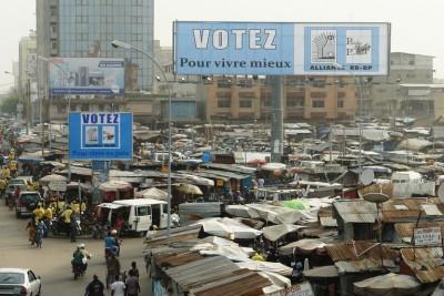 4618625_7_e56a_a-cotonou-affiches-de-campagne-des-partis_cc7296696d0b0fb545cabf0e242764ea
