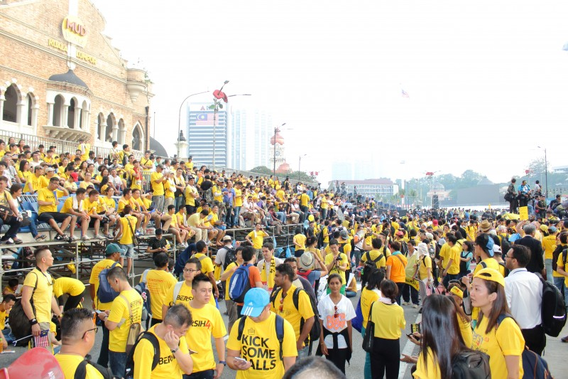 The Bersih (change) rally in Malaysia gathered more than 100,000 people, the biggest political demonstration in Southeast Asia in 2015. The protesters were demanding the resignation of the Malaysian prime minister who was being implicated in a corruption scandal. Photo by Emran Mohd Tamil, Copyright @Demotix (8/29/2015)
