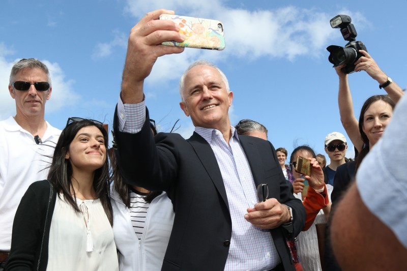 Malcolm Turnbull meets the public at Sculpture by the Sea Bondi 2015