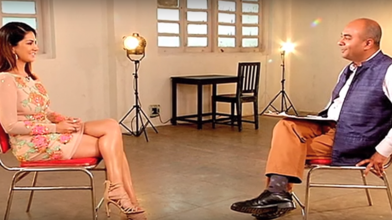 Screenshot of Interview of Sunny Leone by Bhupendra Chubby of CNN-IBN