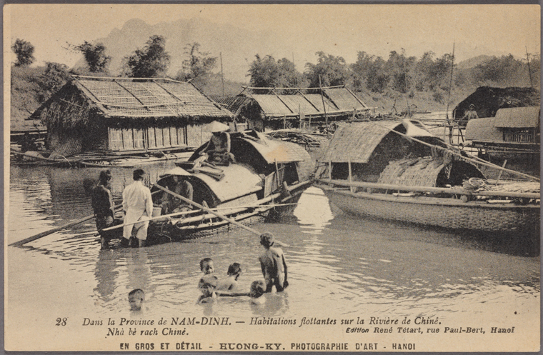 A houseboat in a river in Nam Dinh province. Photo from The New York Public Library Digital Collections