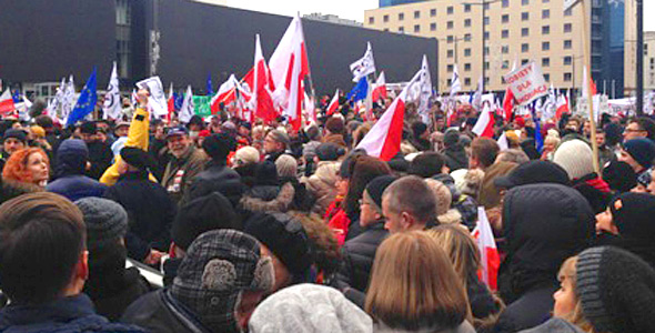 Protest rally in Warsaw on 9 January 2016 calling for freedom of expression in the media. Photo by author.