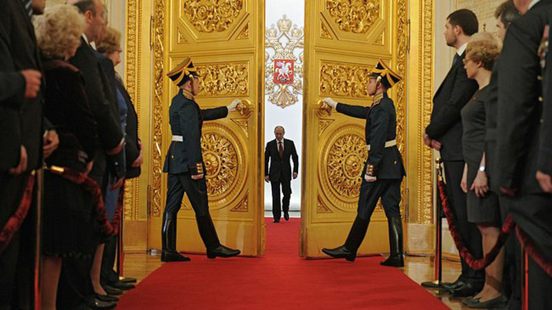 Doors open during Vladimir Putin's inauguration as President in May 2012. Image from kremlin.ru, CC BY 4.0.