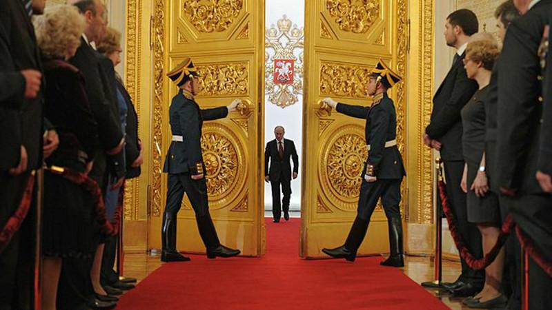 Doors open during Vladimir Putin's inauguration as President in May 2012. Image from kremlin.ru, CC BY 4.0.
