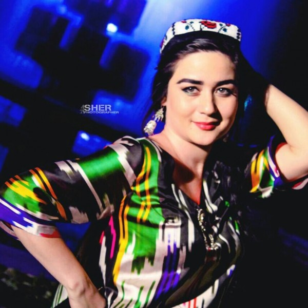 Known Facebook ladies of Tajikistan: Maknuna Niyazova