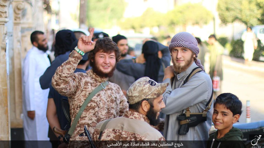 Daesh Terror Group Foreign Fighter after Friday's Prayer In #Aleppo. Source: @Terror_Monitor on Twitter