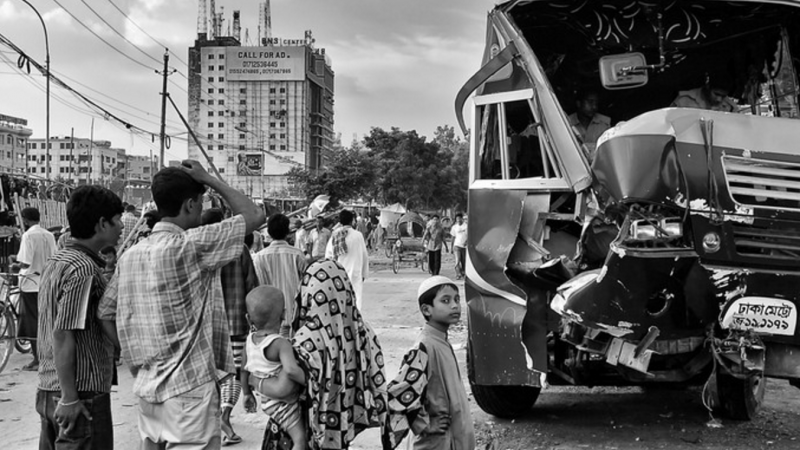 Road accident in Bangladesh can be fatal due to lack of emergency services. Image from Flickr by Global Panorama. CC BY-SA