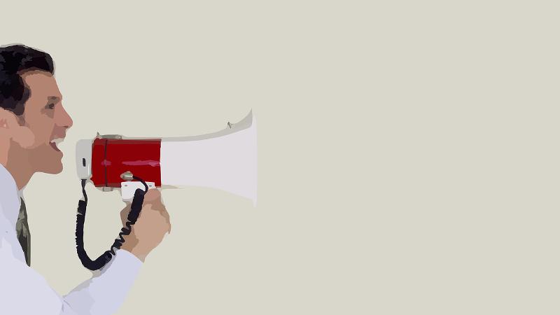 ¿Las cuentas en medios sociales pueden considerarse prensa tradicional? Imagen compuesta por Tetyana Lokot