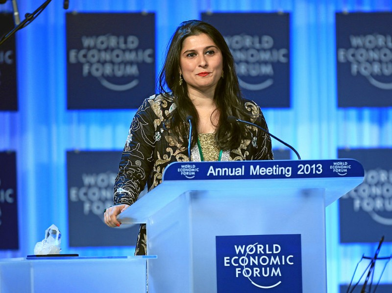 Sharmeen Obaid Chinoy talks during the Crystal Award Ceremony Exploring Arts in Society' at the Annual Meeting 2013 of the World Economic Forum in Davos, Switzerland, January 22, 2013. Photo by Sebastian Derungs. CC BY-SA 2.0