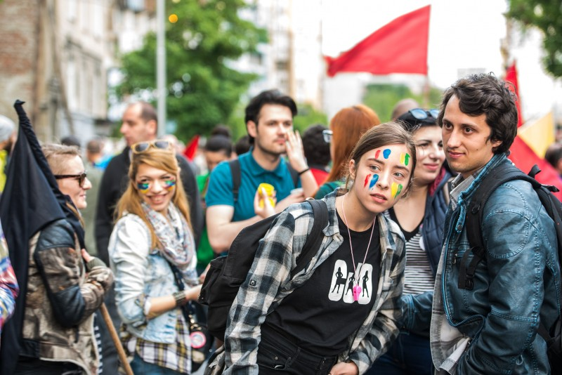 Colorful Revolution protesters. Photo by Vančo Džambaski, CC BY-NC-SA.
