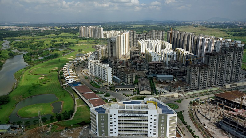 Aerial View of Indian smart city Palava, a 4,500 acres township inside Mumbai municipality. Image from Wikimedia Commons. CC BY-SA 4.0