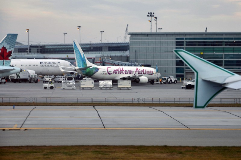 A Caribbean Airlines 737 on the tarmac, prepping for its return to the region. Photo by Caribb, used under a CC BY-NC-ND 2.0 license.