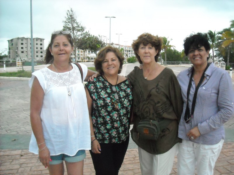 Patrícia Toscano (center right) with sister Yolanda and friends Alejandra and Aracely. Photo: Danica Jorden