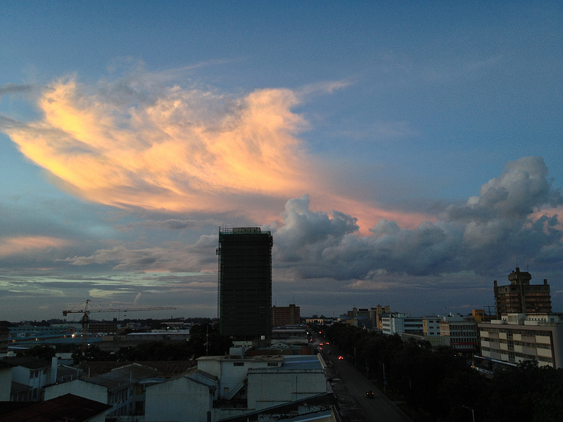 Cielo de Lusaka, Zambia. Foto por Mike Lee via Flickr (CC BY-NC-ND 2.0)