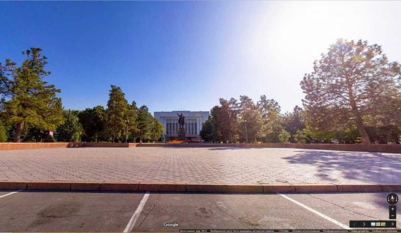 Lenin is still standing in Bishkek, Kyrgyzstan's capital. Google Street View photo taken from Kloop.kg.