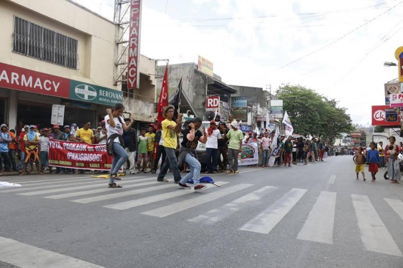 Farmers stage a protest in the capital of Bukidnon province. Photo from the Facebook page of RMP-NMR