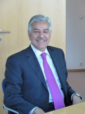Minister of Defence, Water & Power Khawaja Asif. Photo Global Panorama, Wikimedia Commons