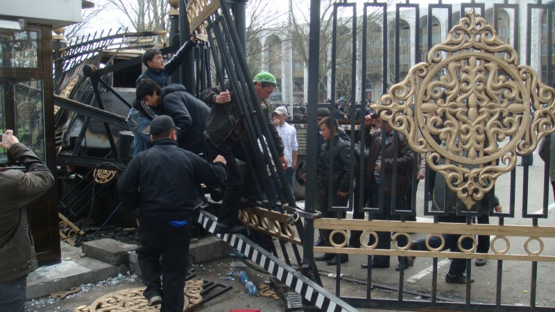 Kyrgyzstan's revolution in April 2010 cost up to a hundred lives and was followed by ethnic violence killing over 400 people in the country's south. Wikipedia image.