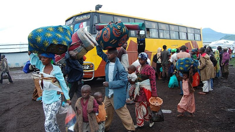 Refugees from conflict in the eastern Democratic Republic of the Congo leave the Nyakabande transit camp in Uganda CC-BY-20