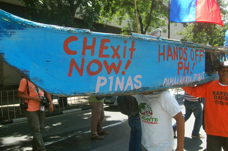 Filipino fisherfolk stage a protest in front of the Chinese Embassy in Manila. Photo from Pamalakaya