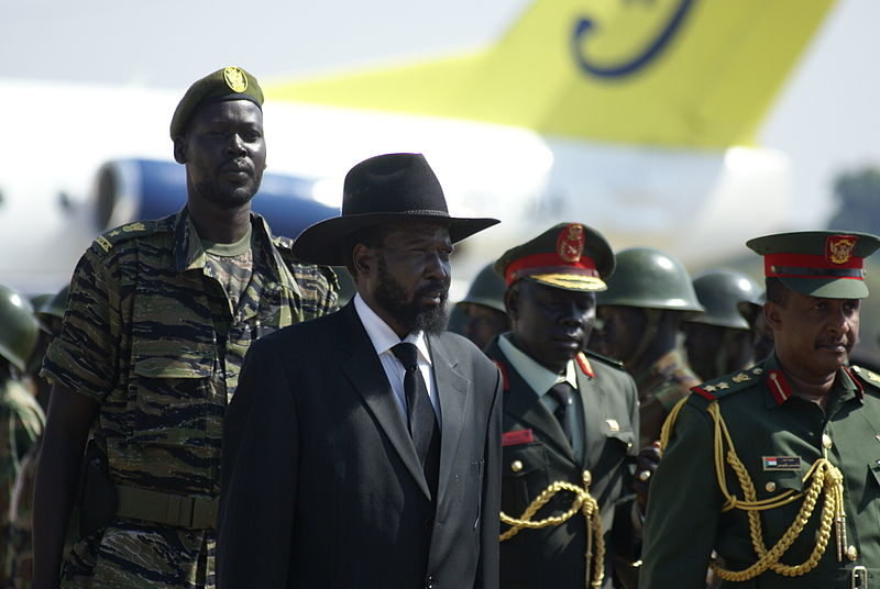 Salva Kiir, president of South Sudan, waits to receive Omar al Bashir on his visit to the southern capital Juba. Photo by Al Jazeera English via Flickr (CC BY-SA 2.0)