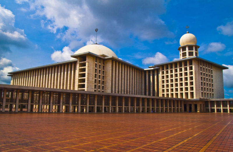 Istiqlal Mosque. Photo by HKmPUA. Flickr. CC License