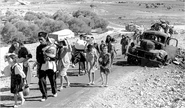 Palestinian refugees leaving Galilee during the period of the Nakba in 1948. PHOTO: Public domain.