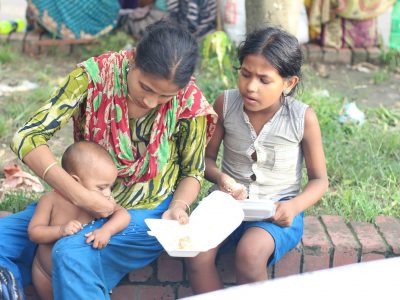 A Bangladeshi Man Who Knows Hunger All Too Well Provides Affordable Meals for Children in Need