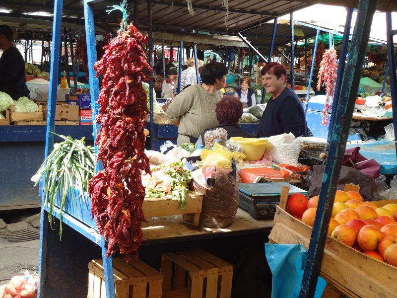 Visiting the market in Ohrid (Photo MB)