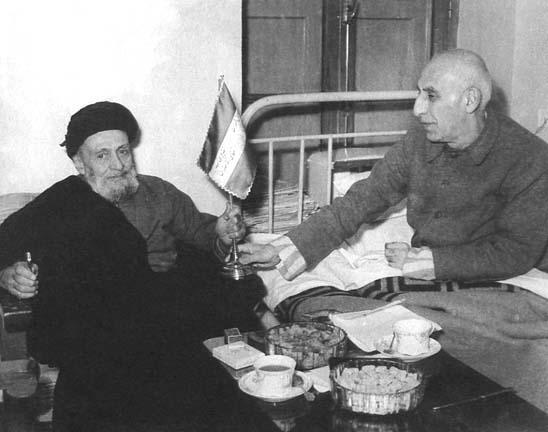 Mosaddegh_Kashani123