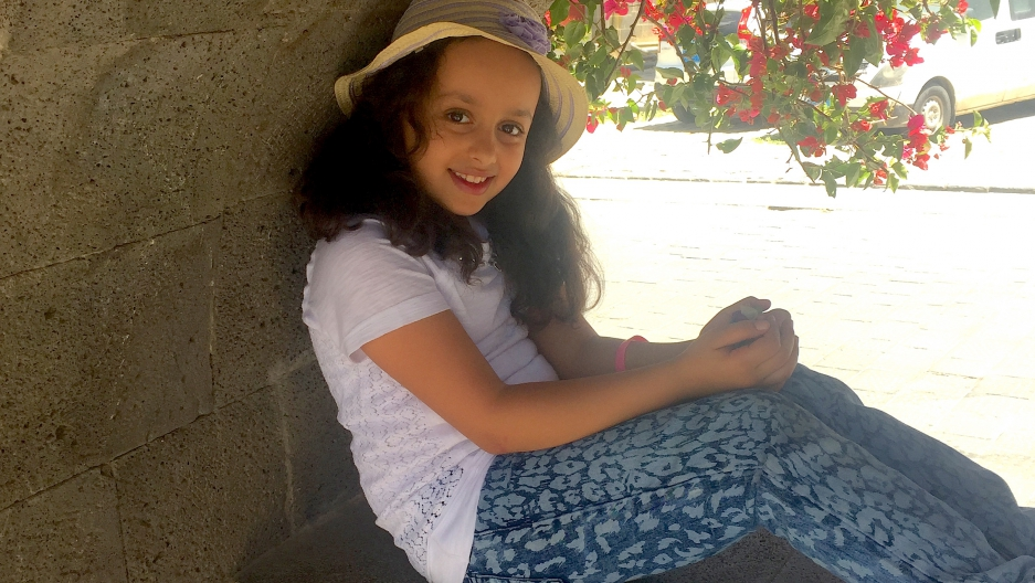 Yara, 10 years old, lives in Sanaa. She wants the violence there to stop, now.