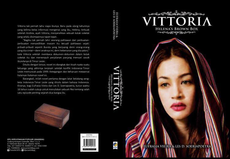 "Capa do Livro-Romance ""Vittoria: Helena's Brown Box"""
