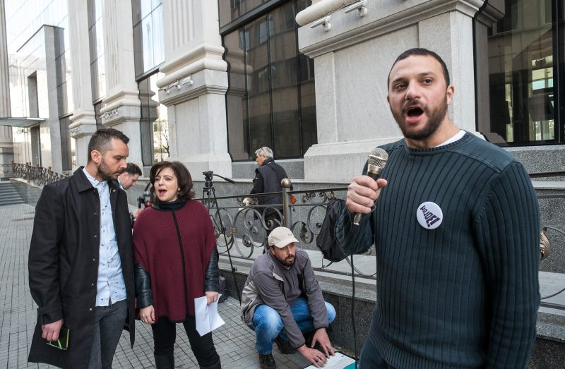 Pavle Bogoevski (foreground) speaking at anti-mafia protest in March 2016. Photo by Vančo Džambaski, CC BY-NC-SA.
