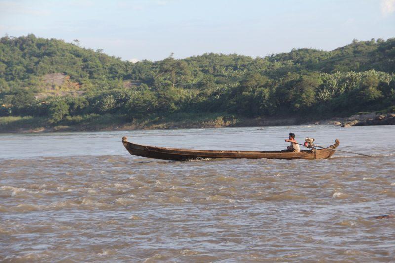A boat in Myitsone.(Photos: Nan Lwin Hnin Pwint / The Irrawaddy)