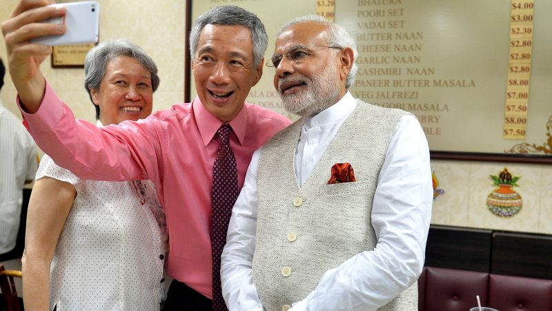 The Prime Minister, Shri Narendra Modi and the Prime Minister of Singapore, Mr. Lee Hsien Loong, at Komala Vilas Restaurant, Little India, Singapore on November 23, 2015.