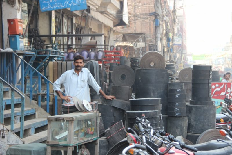 Women are often treated disrespectfully while shopping on Brandreth Road in Lahore. Credit: Carolyn Beeler/PRI