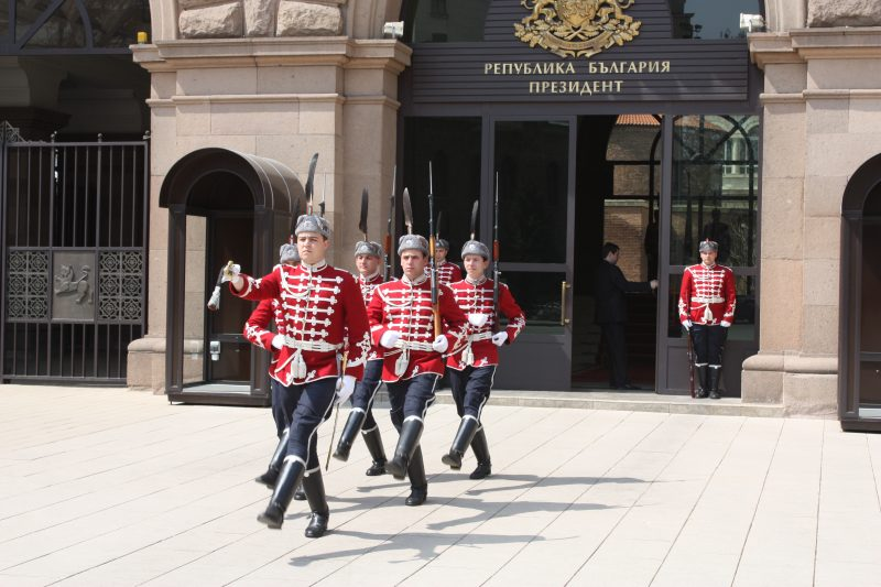 Change of guard in front of the Bulgaria President's office in Sofia. Photo by Wikipedia user Apostoloff, CC BY SA.