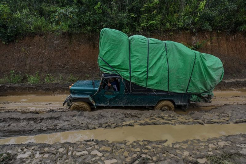 A truck carrying goods for the border gate on its way to Rihkhawdar, a Burmese border town near India's Mizoram State. Photo and caption: Pyay Kyaw / The Irrawaddy
