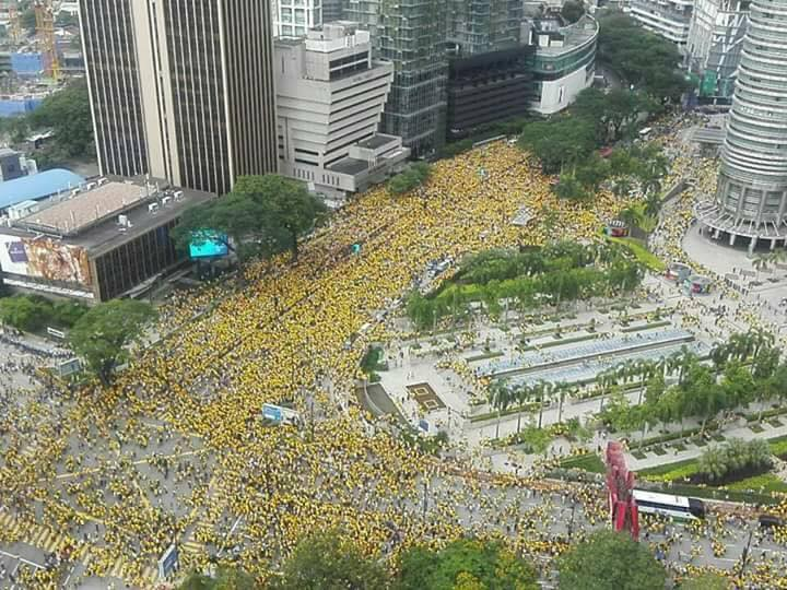 More than 10,000 protesters joined the Bersih rally in Malaysia calling for the resignation of the prime minister. Photo from the Facebook page of Bersih.