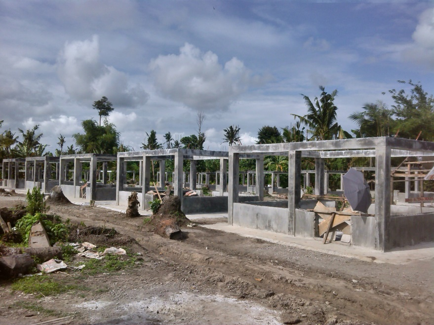 Housing projects have yet to be completed in many towns three years after the devastation caused by typhoon Haiyan. Photo from the Citizens' Disaster Response Center Foundation