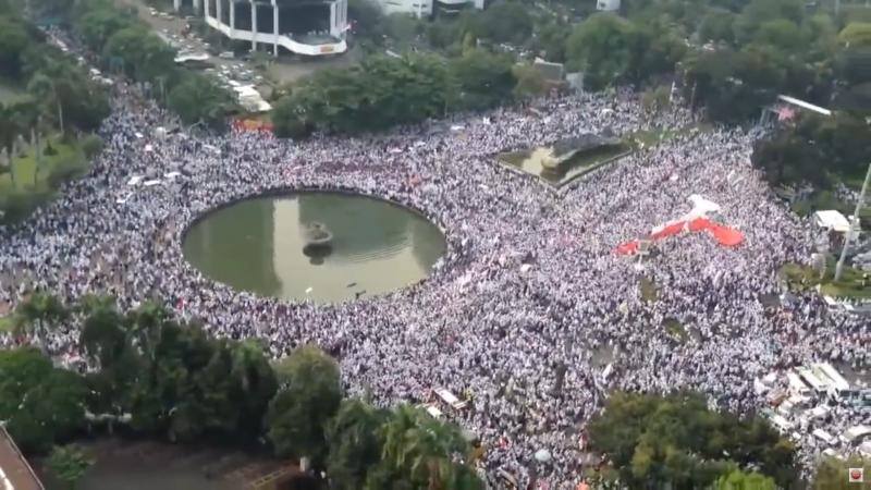 massive-protest