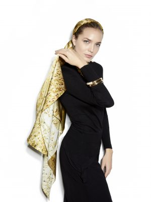 A model wears one of Azin's scarves. Photo shared by Azin and used with permission.