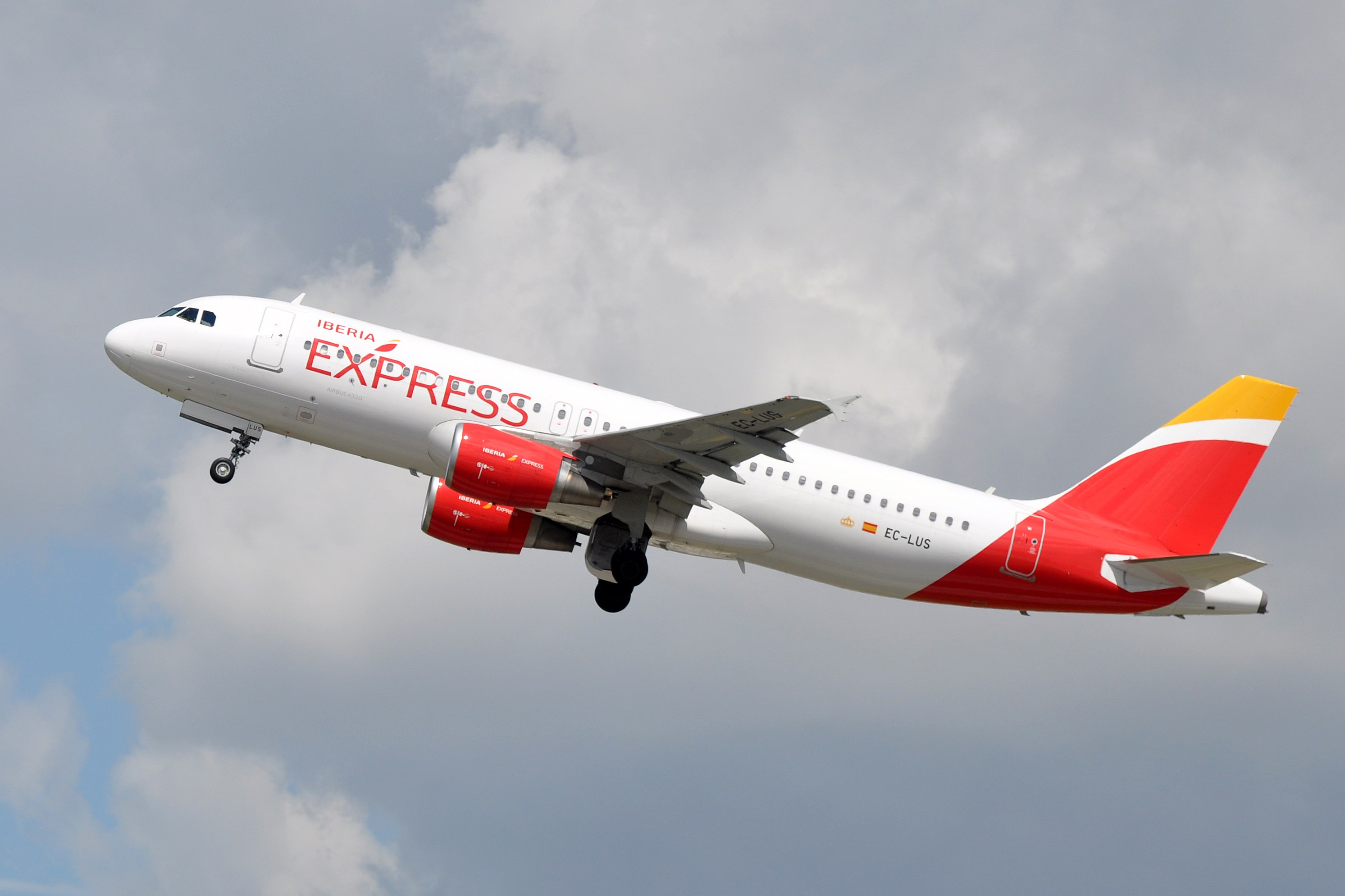 Photo of an Iberia Express airplane. Source: Flickr.