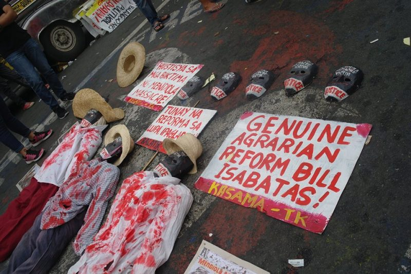 Activists commemorated the 30th anniversary of the 'Mendiola Massacre' by calling for the passage of a 'genuine agrarian reform bill'. Photo from the Facebook page of Carl Philip Ong Leyson