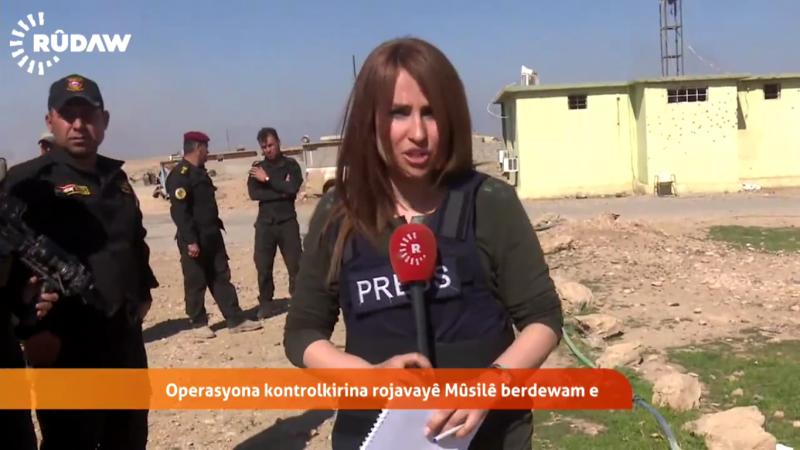 Reportage de Shifa Gardi depuis la ligne de front de Mossoul le 25 février. Elle a été tuée le même jour dans l'explosion d'une bombe. Photo: capture d'écran d'un reportage vidéo diffusé sur Rudaw.