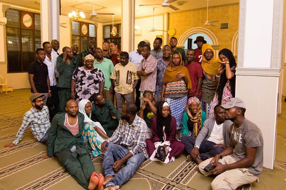 Le casting et l'équipe de tournage de T-Junction, un film tanzanien qui a remporté trois prix lors de la 20ème édition du Festival international du film de Zanzibar. Photo de l'auteur.